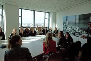 Alunos da Universidade de Roterdão visitam Portugal para conhecer o nosso FM